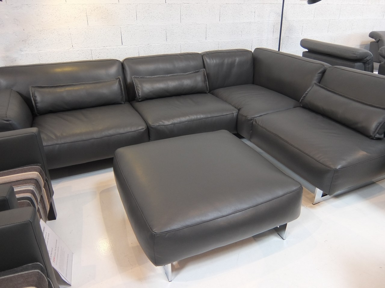 Soldes mon canape et fauteuil en cuir en soldes blog de seanroyale - Canape design soldes ...
