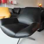 fauteuil-allen-cuir-pleine-fleur-nature-noir