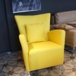 fauteuil-cuir-pleine-fleur-hermes-jaune