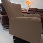 fauteuil-design-alpha-cuir-nubia-ecru