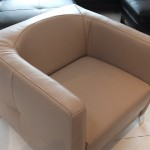 fauteuil-design-am-sugar-cuir-victory-taupe