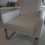 fauteuil-princedidi-cuir-nubia-neige
