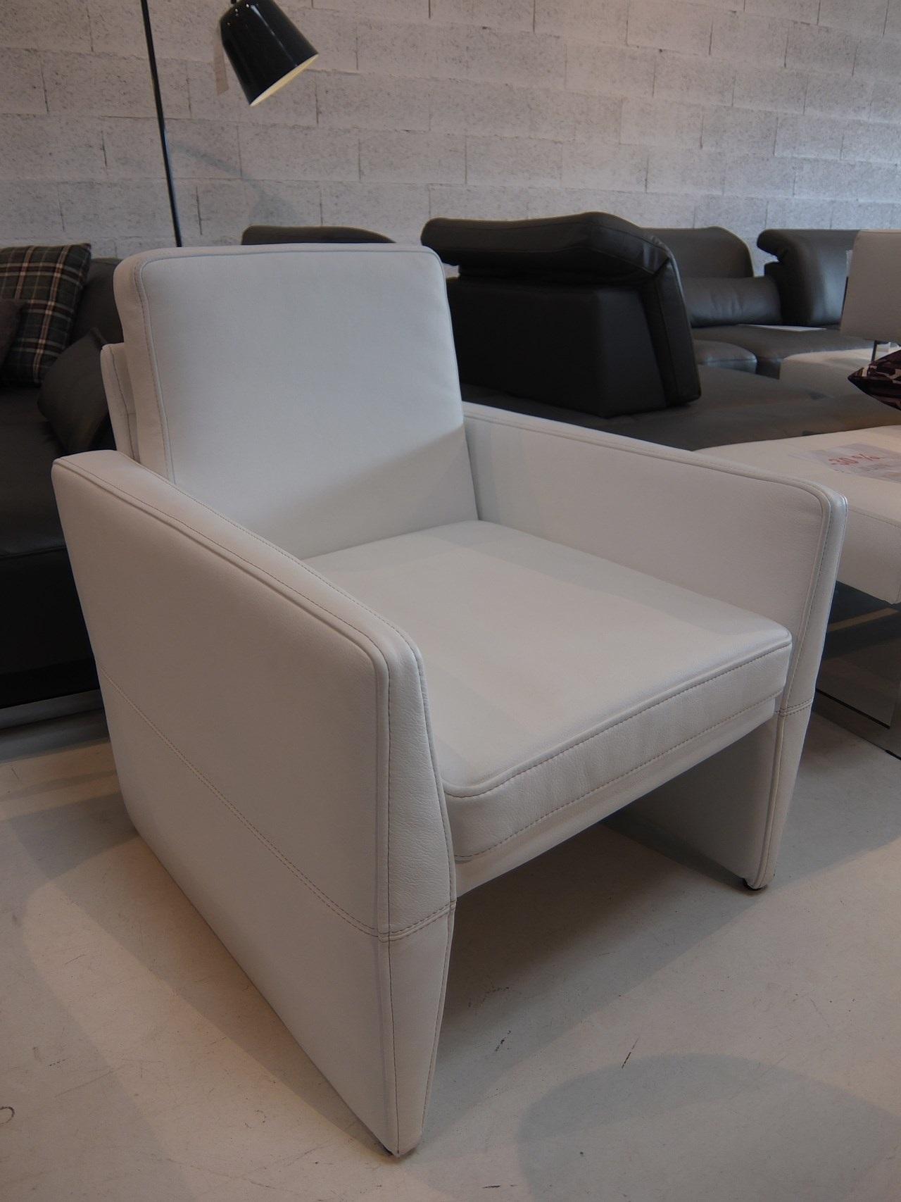 soldes mon canape et fauteuil en cuir en soldes blog de. Black Bedroom Furniture Sets. Home Design Ideas