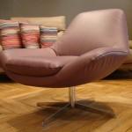 pied-acier-chrome-fauteuil-allen