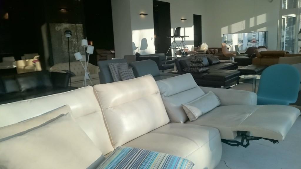 soldes canape cuir ou tissu les soldes d 39 hiver. Black Bedroom Furniture Sets. Home Design Ideas