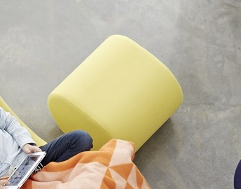 Pouf contemporain lounge WELLE 6 en tissu Urban Plus Camira