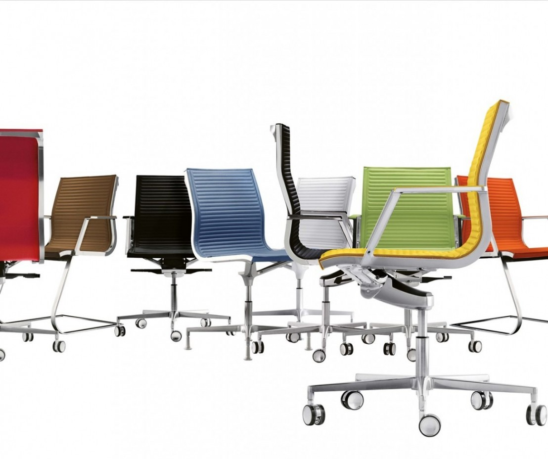 nulite chaise cuir sur roulettes de bureau design sans. Black Bedroom Furniture Sets. Home Design Ideas