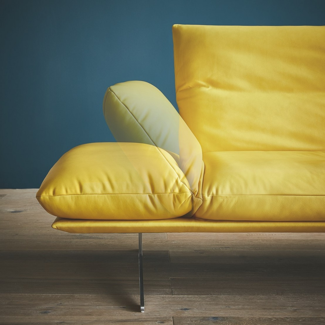 ultra design ultra confortable nouveau canap ad senso. Black Bedroom Furniture Sets. Home Design Ideas