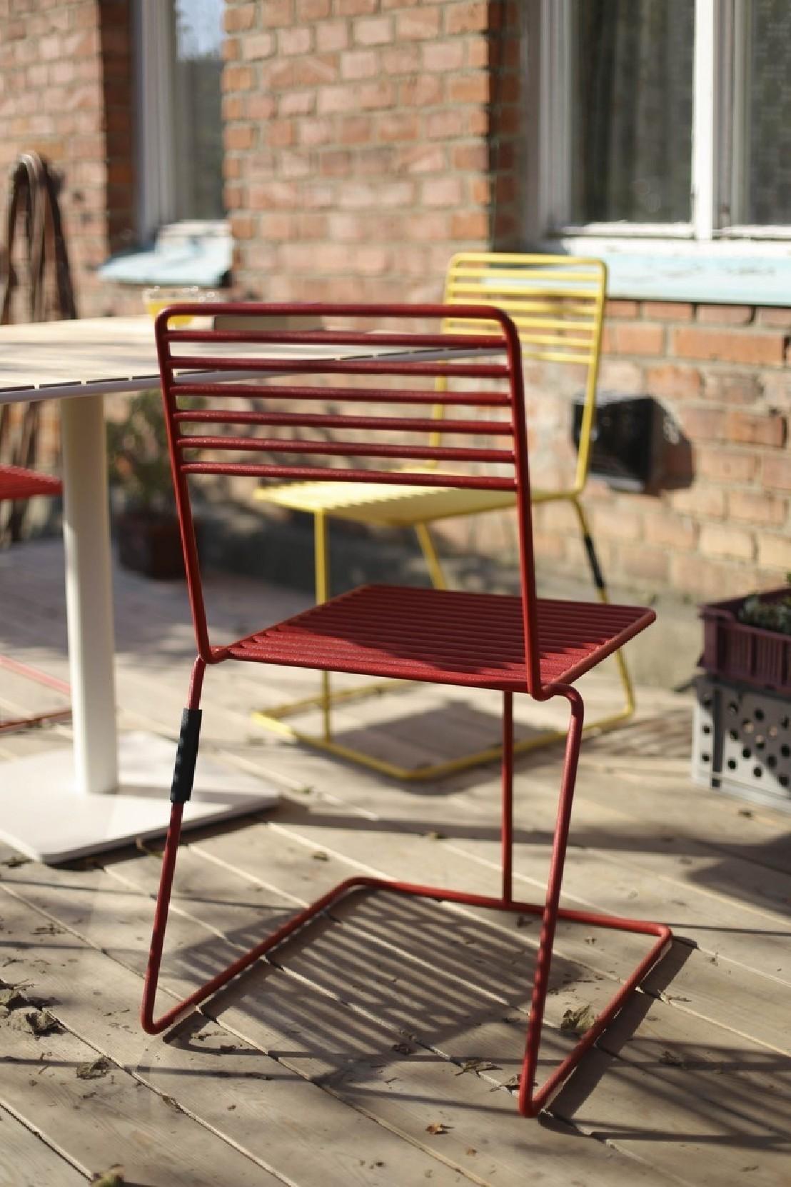 Chaise design en m tal acier de couleur de jardin tina by egoe - Chaise jardin couleur ...