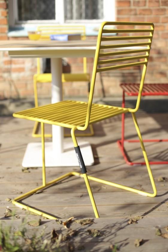 Chaise extérieur de jardin TINA en métal acier de couleur