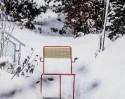 Fauteuil extérieur de terrasse TINA en métal acier de couleur et en bois massif