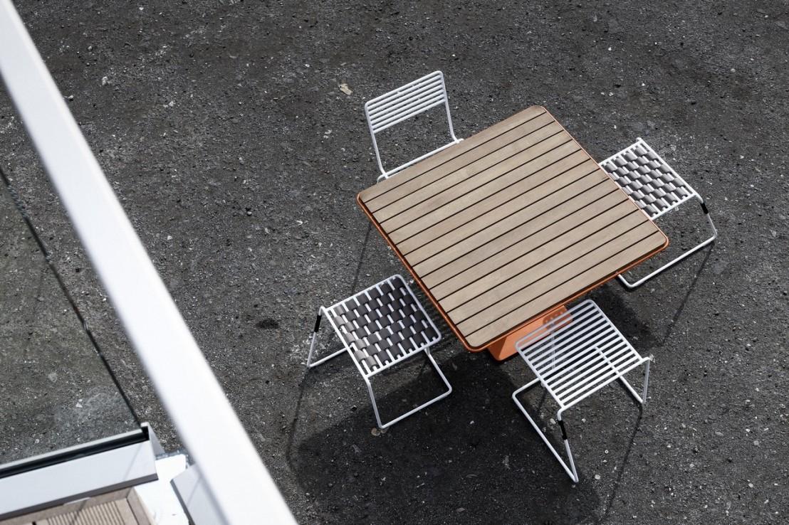 Table design bois & métal de jardin TINA carrée