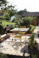 able de jardin TINA carrée 100 cm en métal acier de couleur et en bois massif