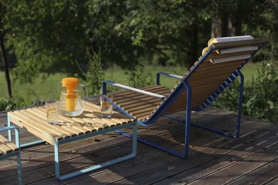 Table basse carrée de jardin PRÉVA, métal acier de couleur et en bois massif