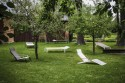 ALVA, chaise longue design contemporain extérieur pour terrasse en aluminium de couleur et tissu