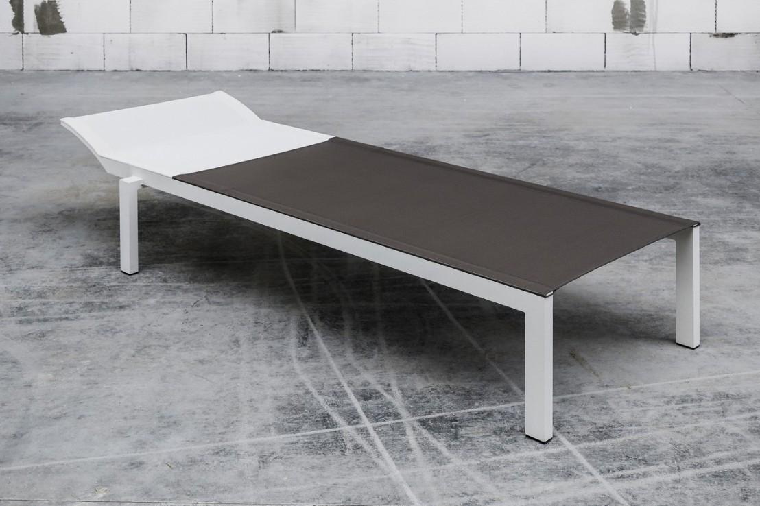 bain de soleil alva ext rieur pour terrasse en aluminium de couleur et tissu seanroyale. Black Bedroom Furniture Sets. Home Design Ideas
