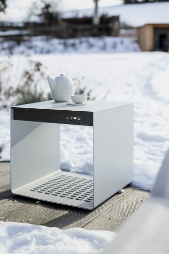 Petite table extérieur de terrasse RADIUM en métal aluminium de couleur et plateau HPL de couleur