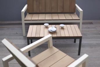 Table basse LAURDEDE rectangulaire 90 cm pour jardin en métal acier de couleur et en bois massif