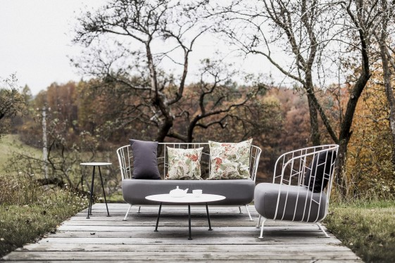 Salon de jardin MAJ, canapé 2 places, fauteuil, table basse et petite table  haute, acier de couleur et tissu outdoor