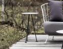 Petite table haute bout de canapé MAJ extérieur de jardin en métal acier de couleur et plateau en HPL