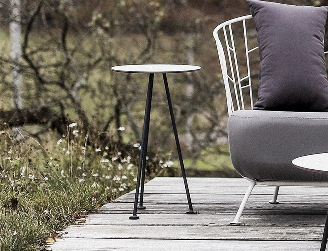 Petite table haute bout de canapé MAJ extérieur de jardin en métal ...