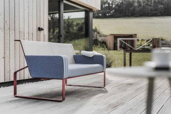 Canapé de jardin 2 places MOJA, extérieur en métal acier de couleur et tissu outdoor