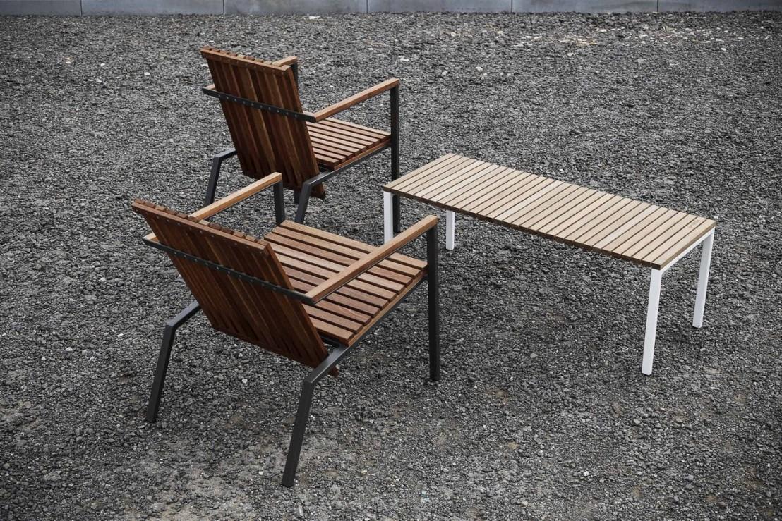 banc ext rieur de terrasse axis en m tal acier de couleur et bois massif seanroyale. Black Bedroom Furniture Sets. Home Design Ideas
