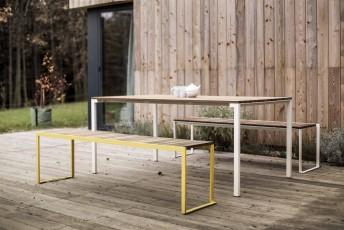 Table rectangle 95x166 cm extérieure de terrasse BISTROT en bois massif et acier de couleur