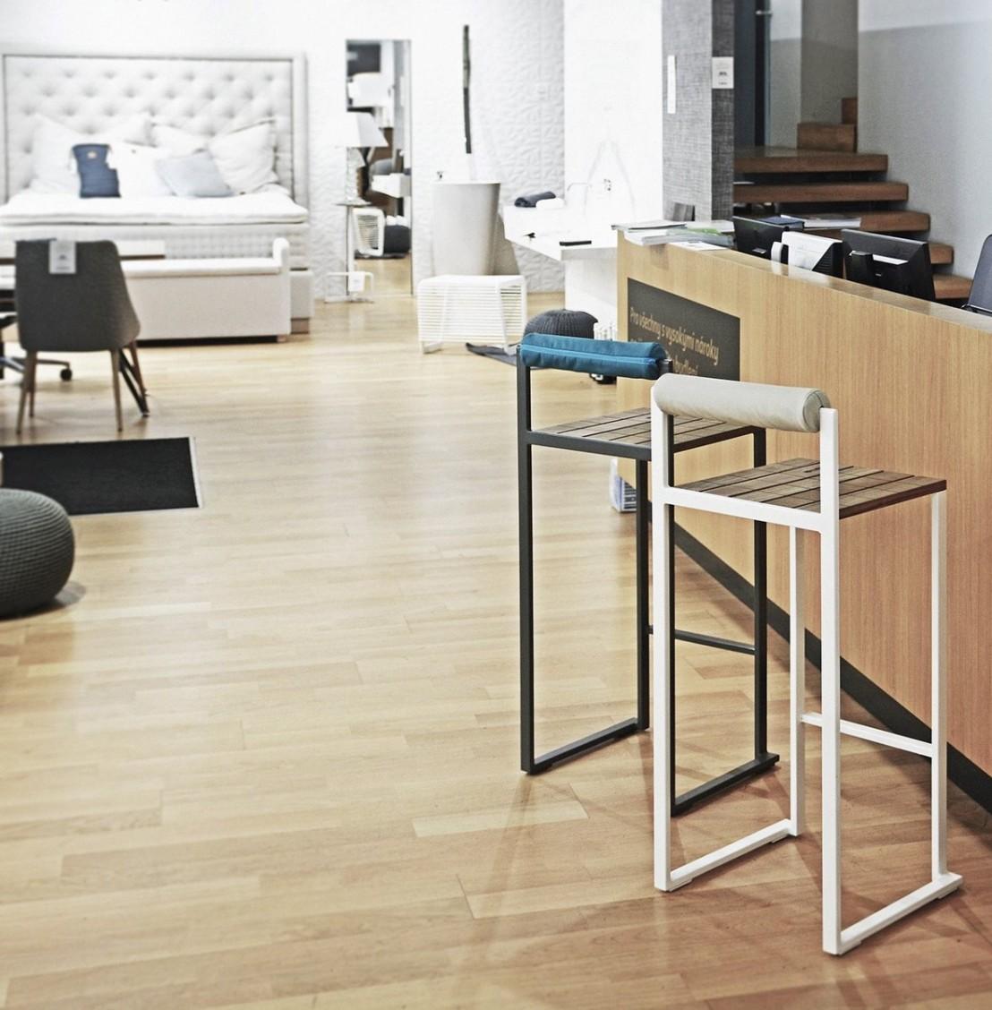 tabouret de bar avec dossier ext rieur de jardin bistrot. Black Bedroom Furniture Sets. Home Design Ideas