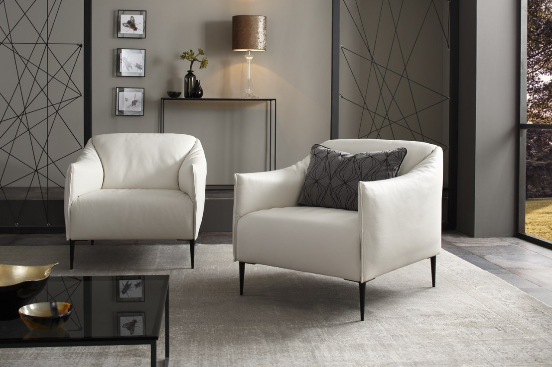un petit fauteuil sexy et compact cuir ou tissu ultra. Black Bedroom Furniture Sets. Home Design Ideas