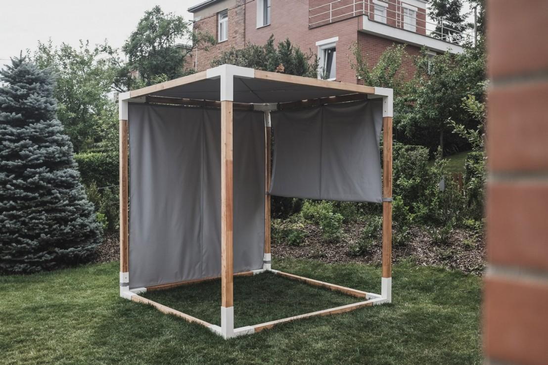 lit suspendu de jardin baldaquin l va en bois massif et acier d 39 ext rieur seanroyale. Black Bedroom Furniture Sets. Home Design Ideas