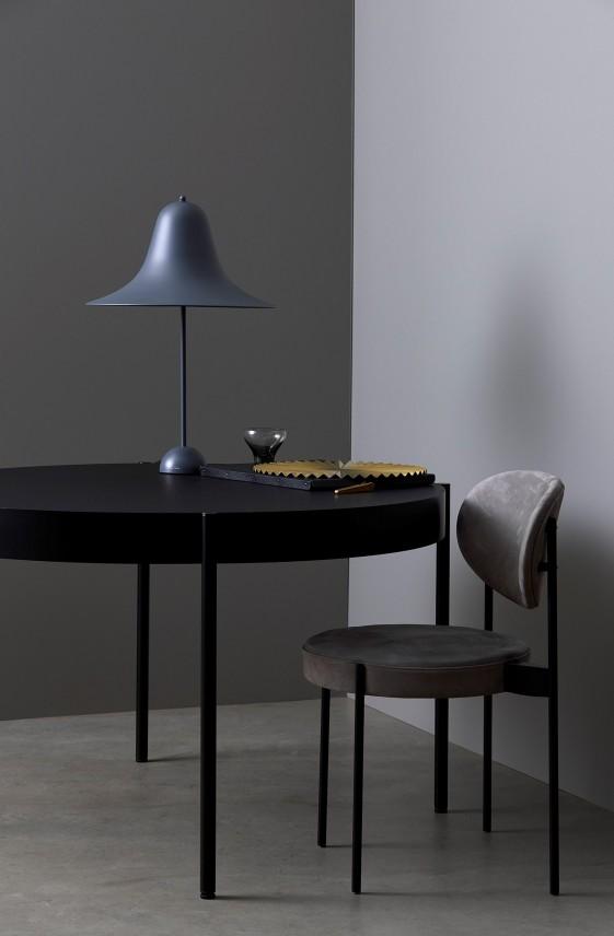 Lampe à poser grise PANTOP large Verpan