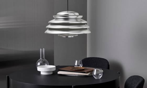 HIVE lampe VERPAN suspension métal design