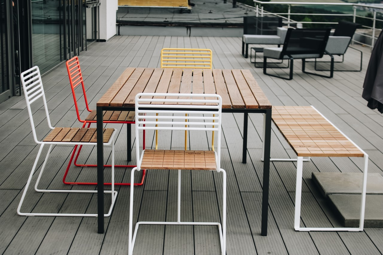 Salon de jardin, table rectangulaire CORA, banc BISTROT et 4 ...