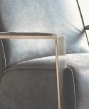 Fauteuil + repose-pieds MR.DEE en cuir ou tissu, cubique & pivotant