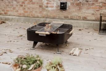 Brasero grill carré BACK TO FIRE pour terrasse, en acier Corten