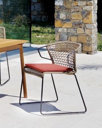 Petit fauteuil de jardin pour le repas, VELA en corde nautique ou pvc tressé