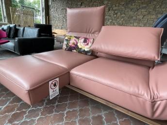 Canapé cuir design chaises longues IDOLATION sur banc bois malve