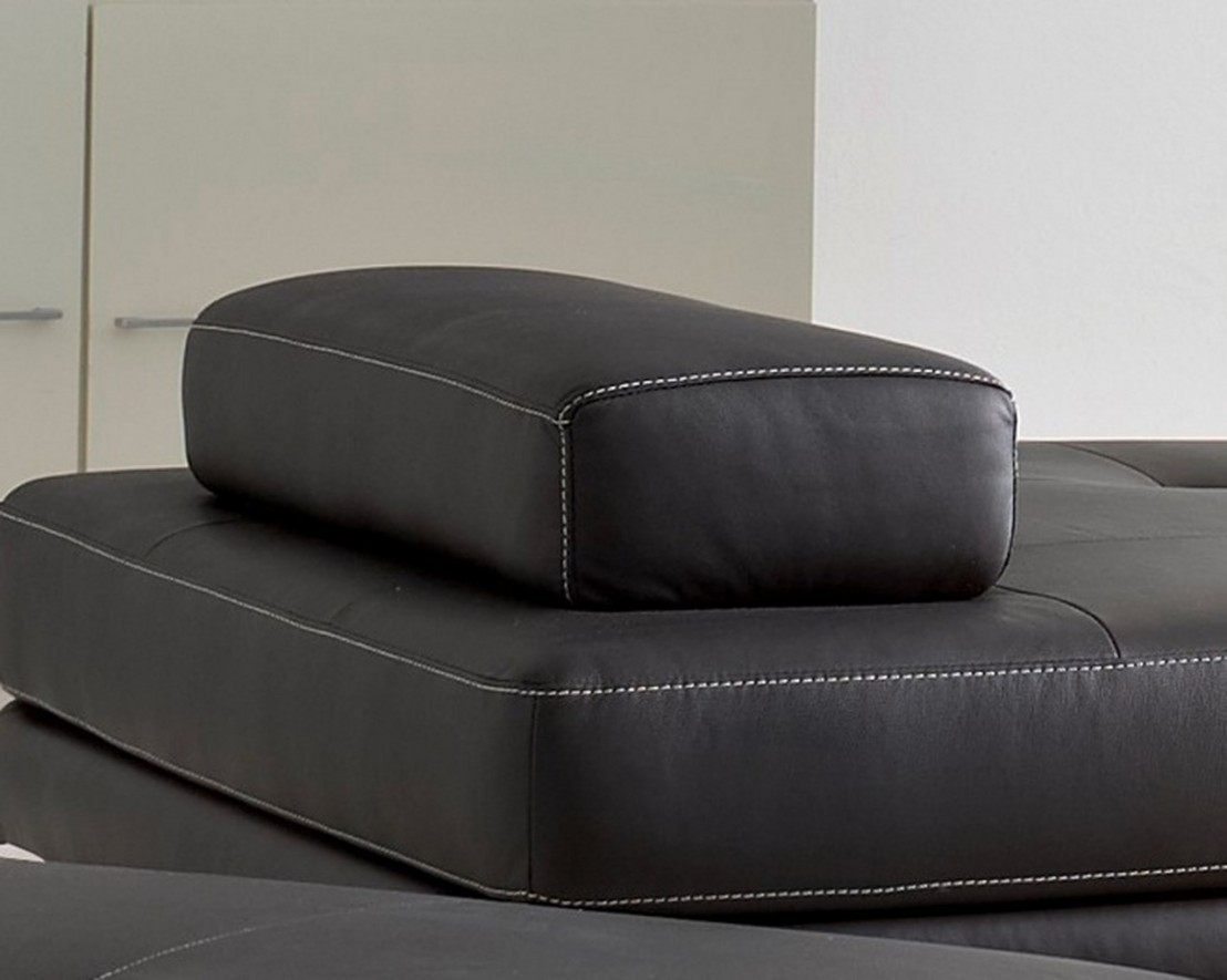 coussin d accoudoir amovible elements en cuir. Black Bedroom Furniture Sets. Home Design Ideas