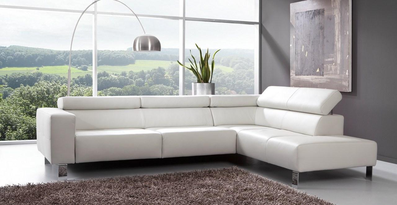 Canapé Cuir Blanc Qui Jaunit le canape en cuir blanc pour une decoration epuree « blog de